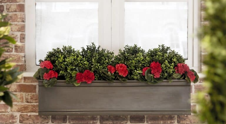 Chelsea Trough Planter 97x22x22cm Lifestyle3