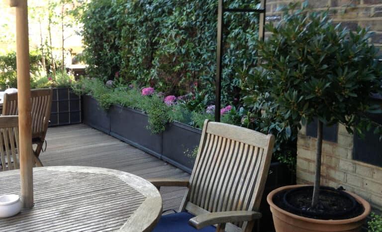 Chelsea Trough Planter Lifestyle1