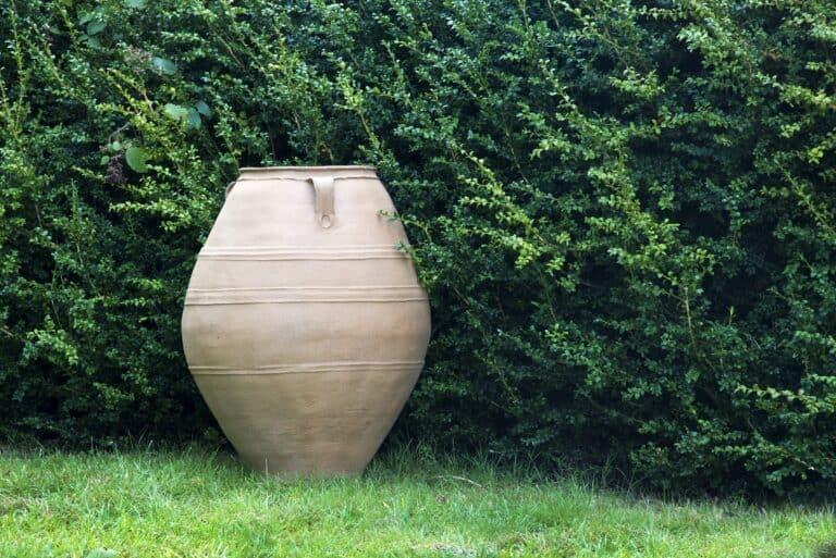 Cretan Oil Jar Lifestyle2