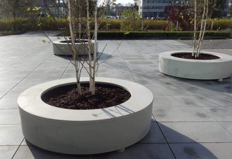 Bodil Round Adezz Polymer Concrete Planter Alt 1