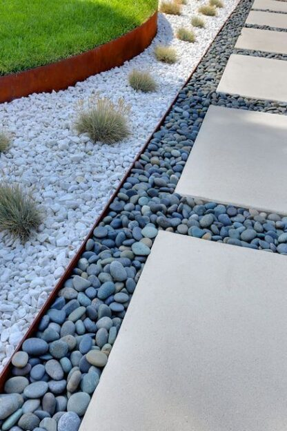 Corten Steel Straight Garden Edging by Adezz alt 3