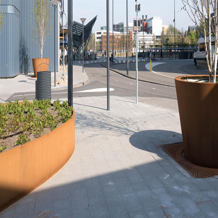 Corten Steel Ellipse Planter by Adezz Lifestyle1