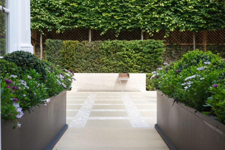 Grosvenor Trough Planter Lifestyle1