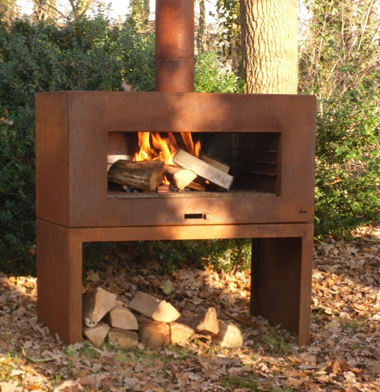 Corten Steel Free Standing Enok Log Burner by Adezz 100x50x100cm Lifestyle1