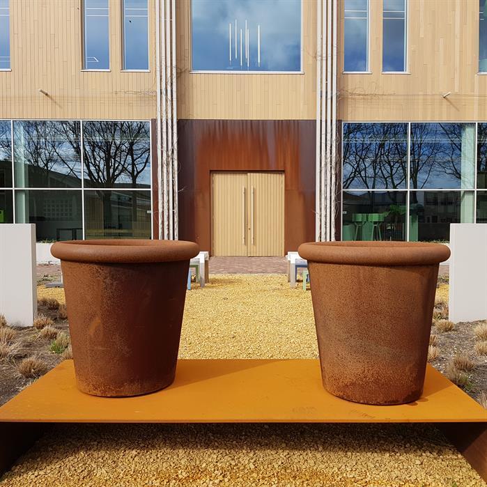 Corten Steel Tube Planter by dipott lifestyle