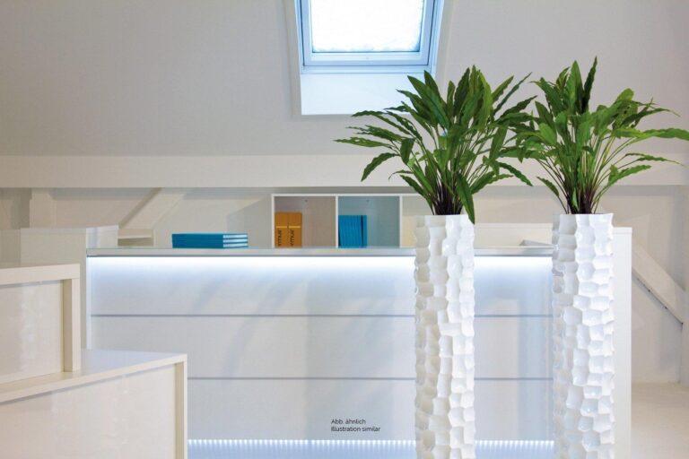 Mosaic Column Planter Glossy White 30x132cm Lifestyle6