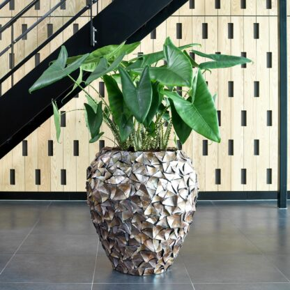 Shell Vase Planter Brown 74x80cm Lifestyle2