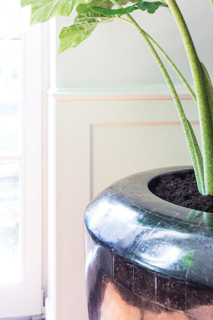 Stone Mosaic Conical Planter Black 60x70cm Lifestyle1