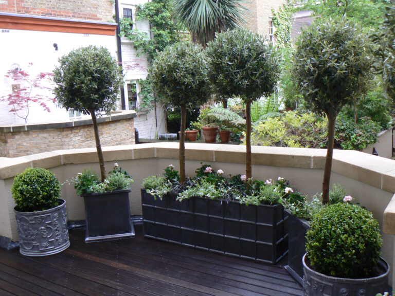 Downing Street Trough Planter in Faux Lead Lifestyle2